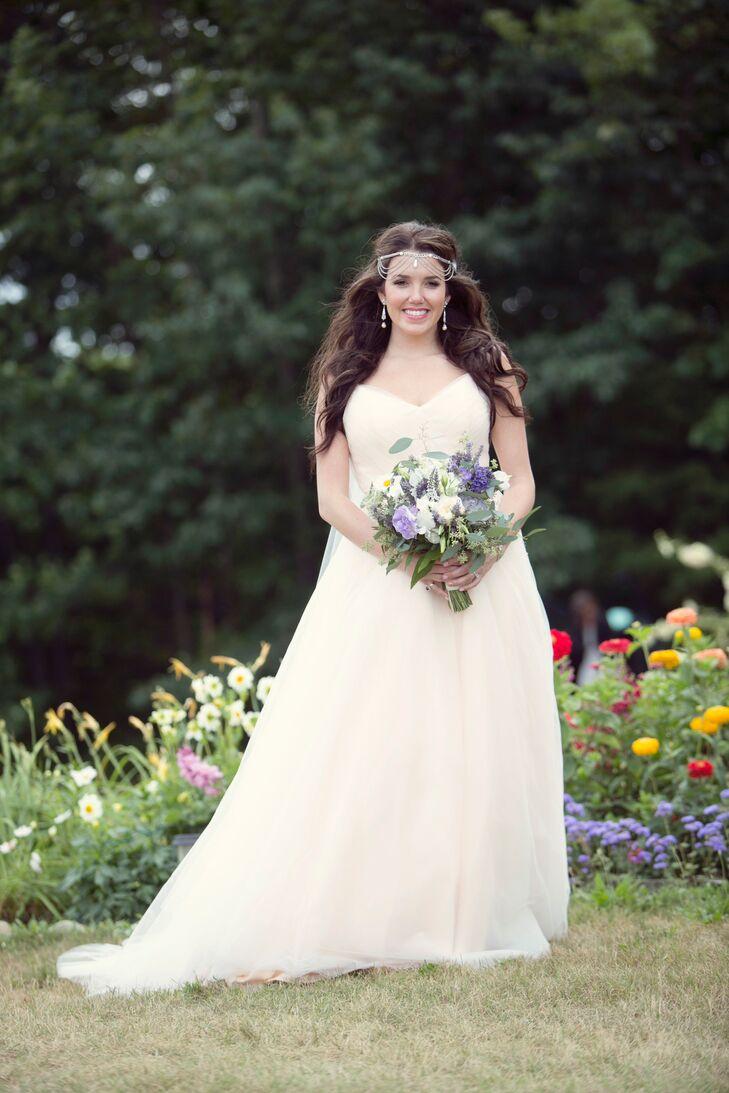 A Bohemian Garden Bride at Cherry Basket Farm