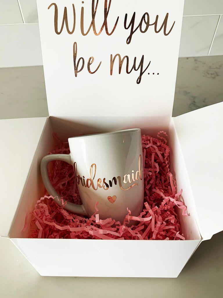 bridesmaid proposal box with mug