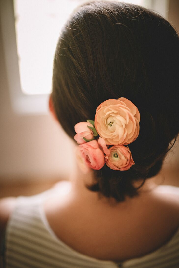 Cheerful Peach Ranunculus Hair Accessories