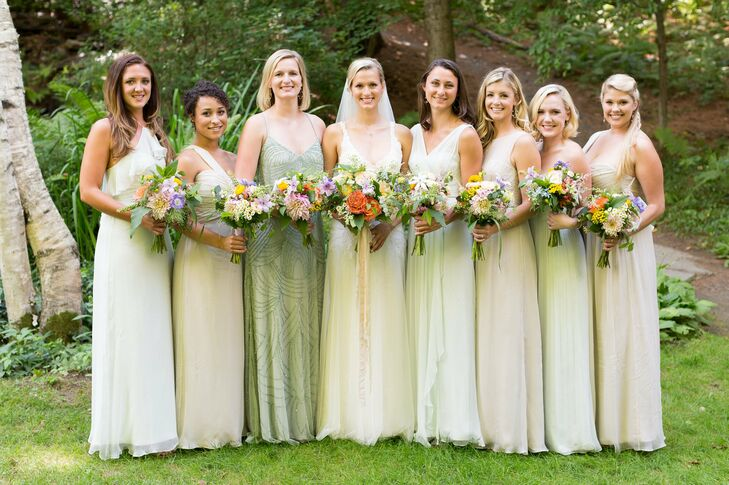 The bridesmaids picked their own style of gown in gorgeous shades of mint and champagne.