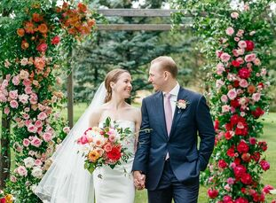 As residents of New York, Molly Dulin and Blake Daniels planned a colorful, preppy destination wedding in Colorado (where the bride grew up). They inc