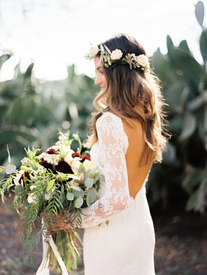 Lacy Bohemian-Style Wedding Dress