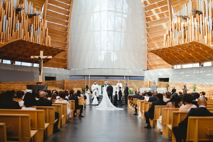 Elegant Ceremony at The Cathedral of Christ the Light in Oakland, California