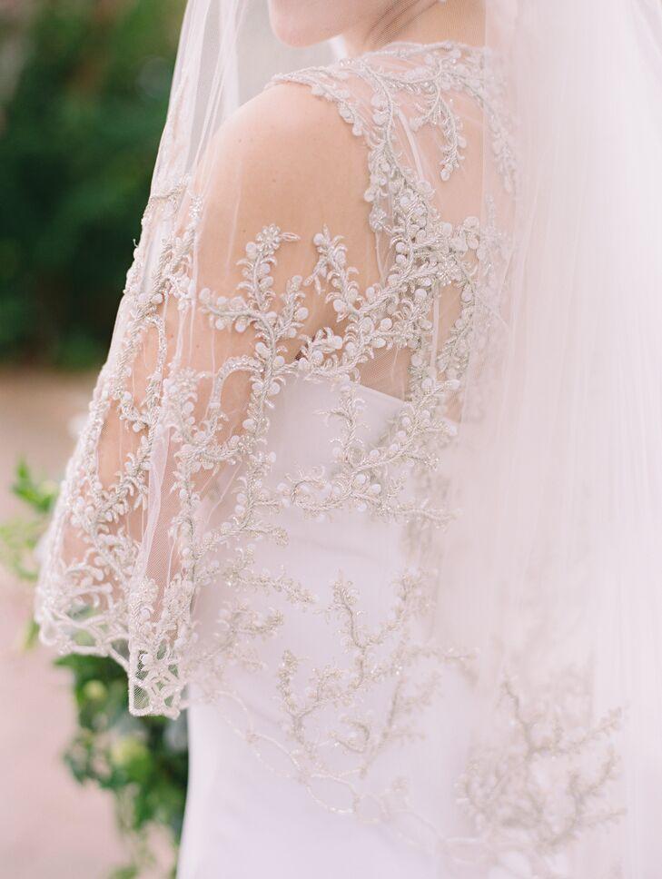 Anna Maier White Wedding Dress with Veil