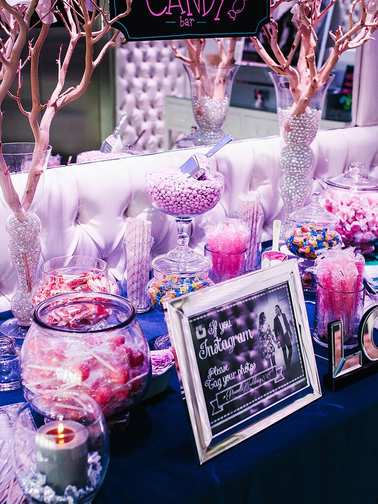 17 Wedding Candy Station Ideas (and How to Make Your Own)