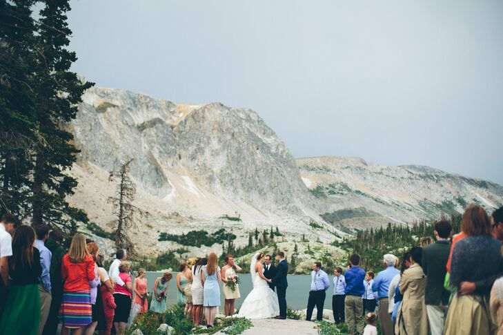Faith and Kevin were married at Snowy Mountain Lodge in Centennial, Wyoming in a rustic and feminine event mixed with romantic florals and glam metall