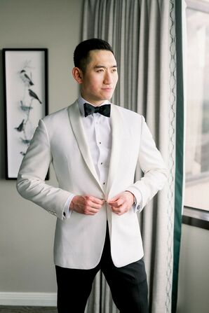 Groom in White Tux for Wedding  at The Swan House in Atlanta, Georgia