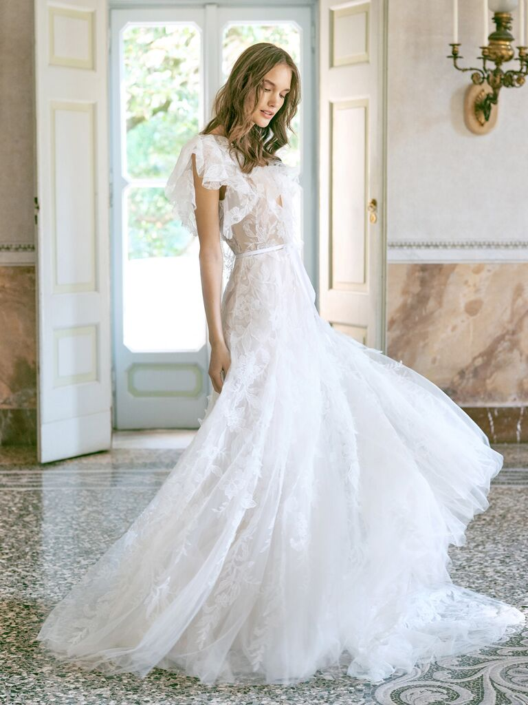 monique lhuillier dress with tulle sleeves and skirt