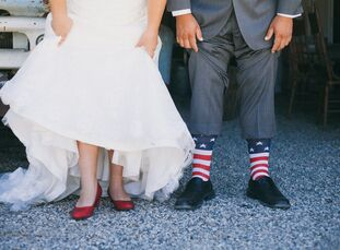 When a wedding falls on the Fourth of July, a red, white and blue theme seems practically mandatory. So that's what Carly Meyer (31 and an IT program