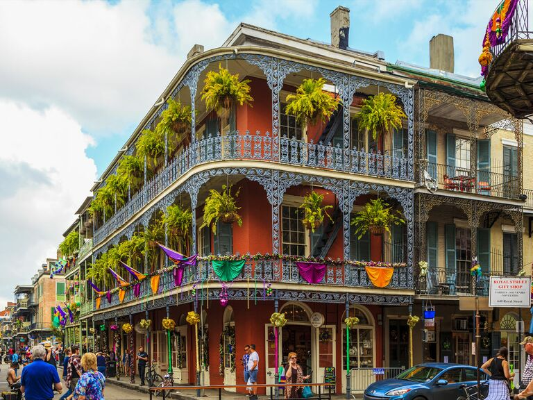 New Orleans colorful building