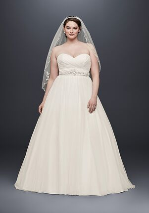 cfff09ee51f  500- 749 Wedding Dresses