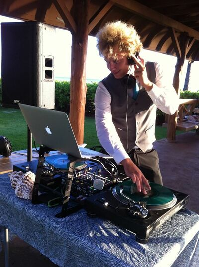 Roman Candles Mobile DJ & MC Services