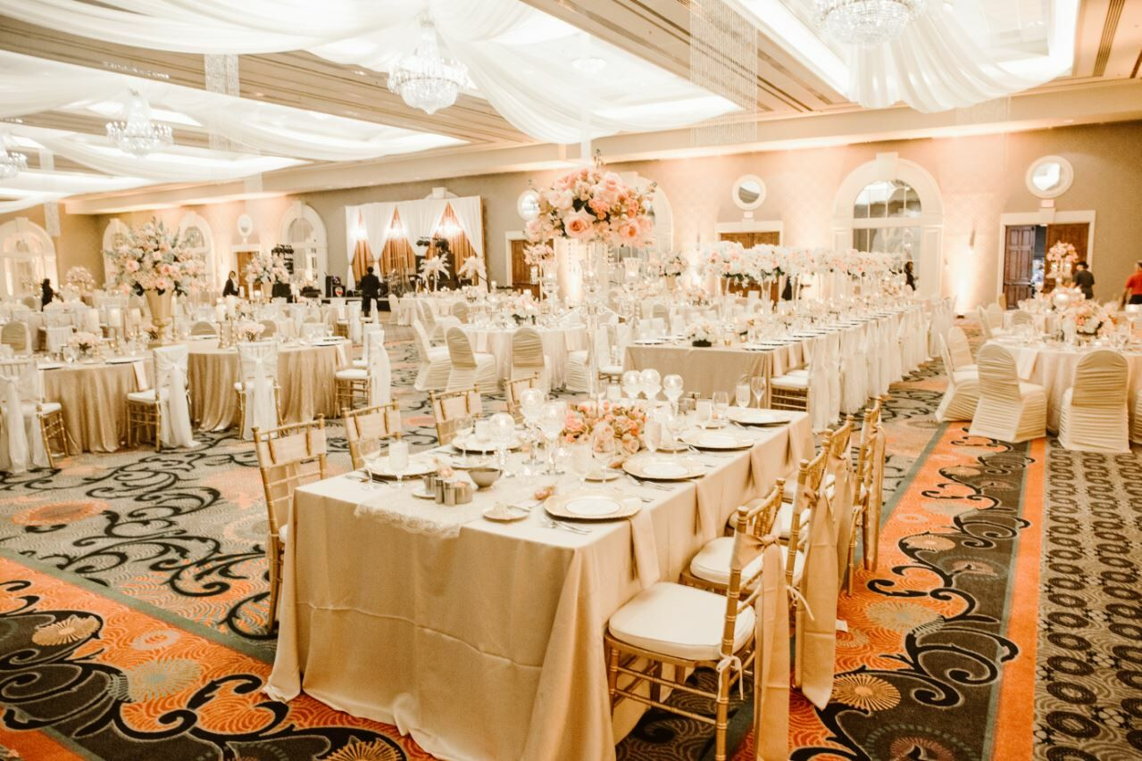 Galt House Hotel  Louisville, Ky. Wedding Organizer Jakarta Murah. Wedding Glass Candles. Wedding Mehndi Images. Ideas For Wedding Planning Business Name. Wedding Invitation Message For Facebook. Quirky Indian Wedding Invitations. Wedding Cards Online Purchase. Weddingstar Wedding Favors