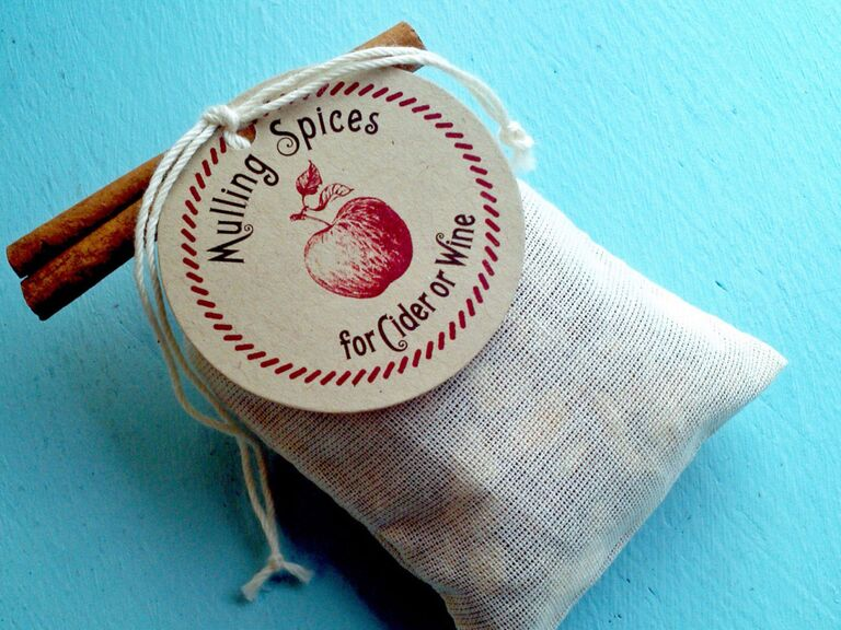 Mulling spices fall wedding favor