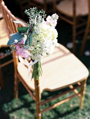 Pastel Hydrangea and Snapdragon Aisle Marker