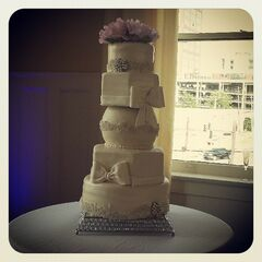 Strange The Blue Cake Company Wedding Cakes Little Rock Ar Funny Birthday Cards Online Benoljebrpdamsfinfo