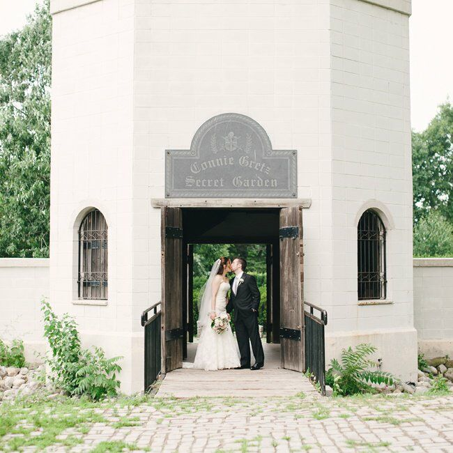 Tara and Evan's whole wedding was inspired by the beauty of the botanical gardens where they exchanged vows.