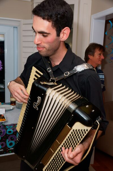 David Skolnick - Accordion Player - Mississauga, ON