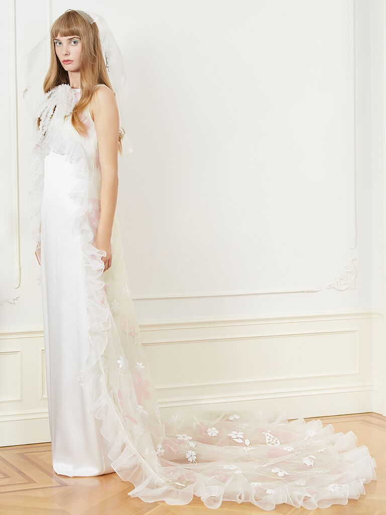 Honor column wedding dress with tulle train