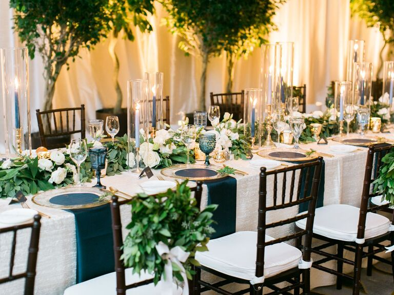 white and green wedding flower tablescapes