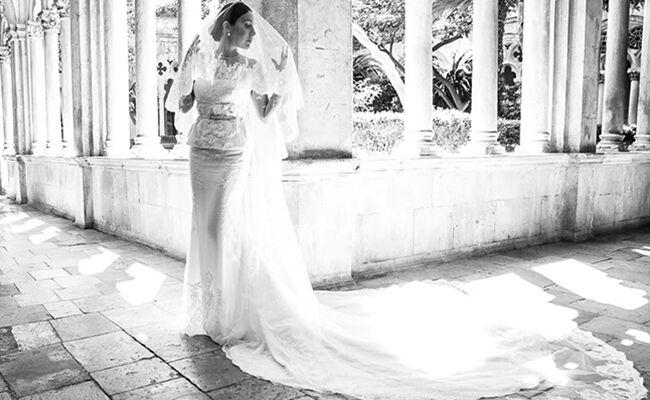 Fabiola Beracasa poses in her wedding dress
