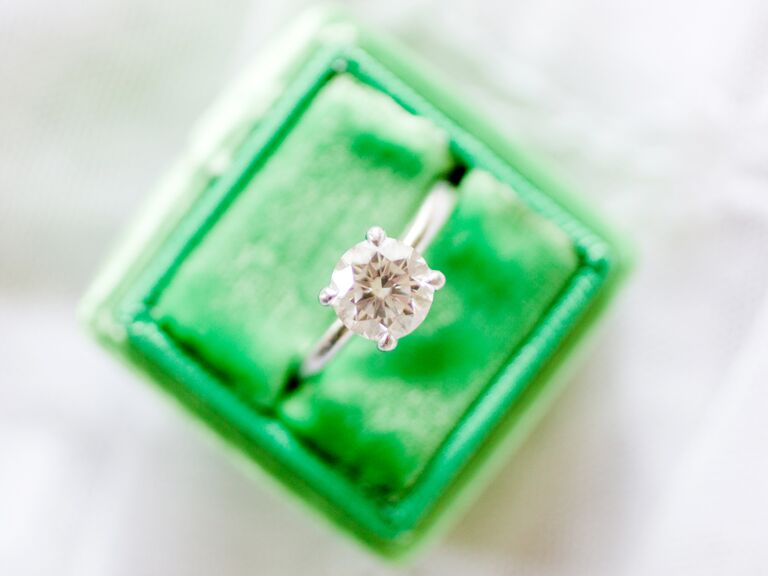 How To Tell If A Diamond Is Real 5 At Home Tests