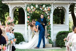 First Kiss at The Hawthorne House in Parkville, Missouri