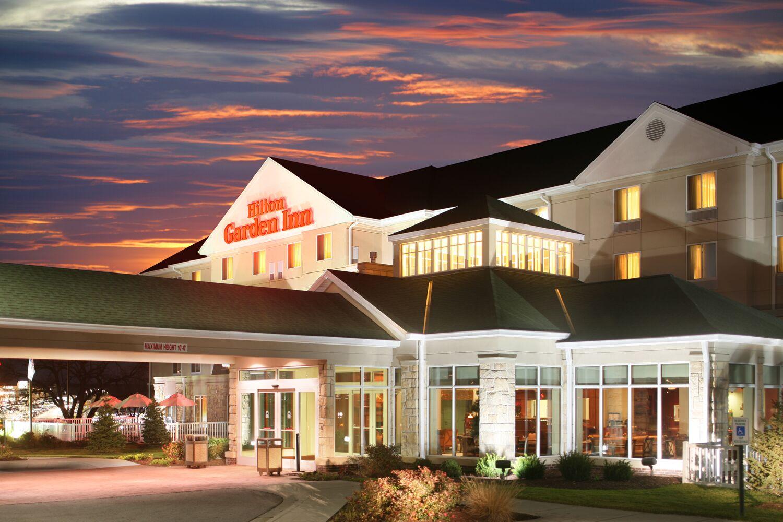 Hilton Garden Inn Omaha West Reception Venues Omaha Ne