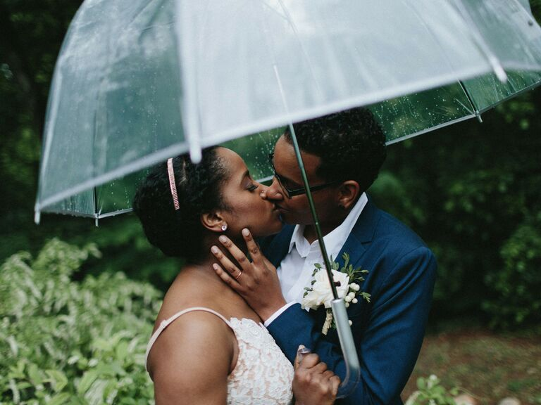 wedding vendor confessions couple in the rain