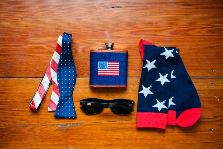 Matt wore a patriotic bow tie from Collared Greens and flag-inspired socks, and even carried a good ole American flask. The groomsmen got matching flasks and socks too, for a holiday-appropriate gift.