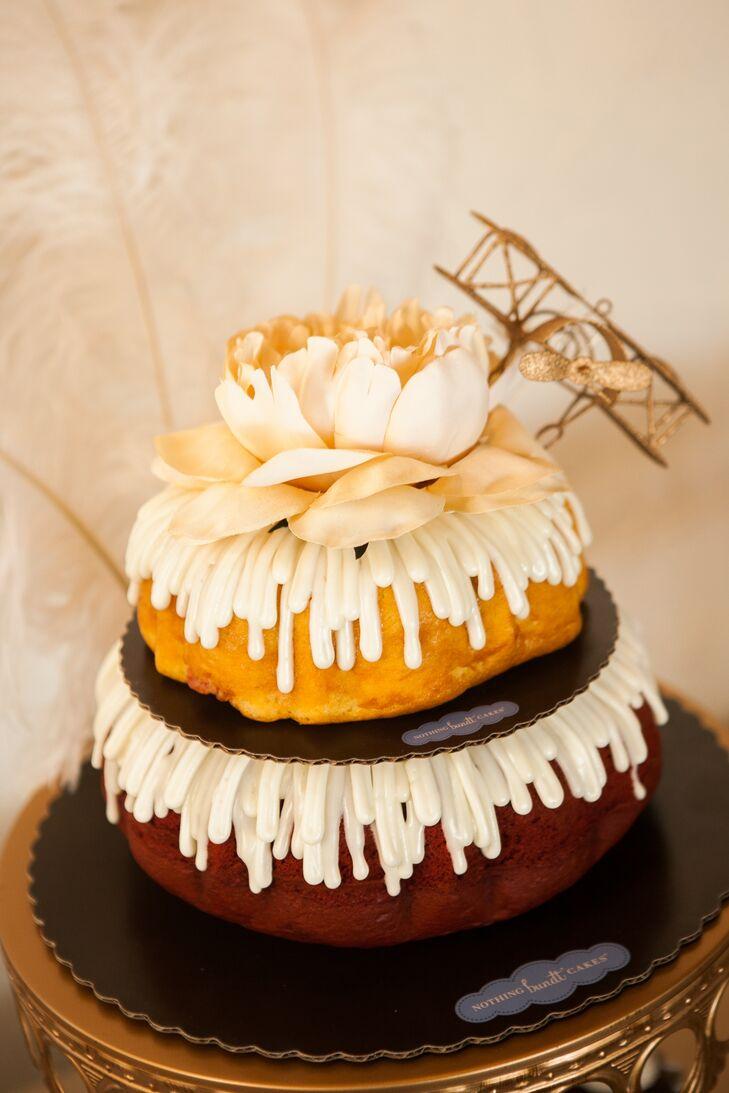 Bundt Wedding Cake With Airplane Topper