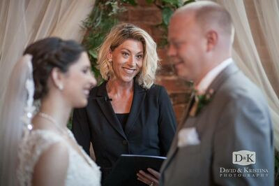 The Wedding Lady - Danielle Baker