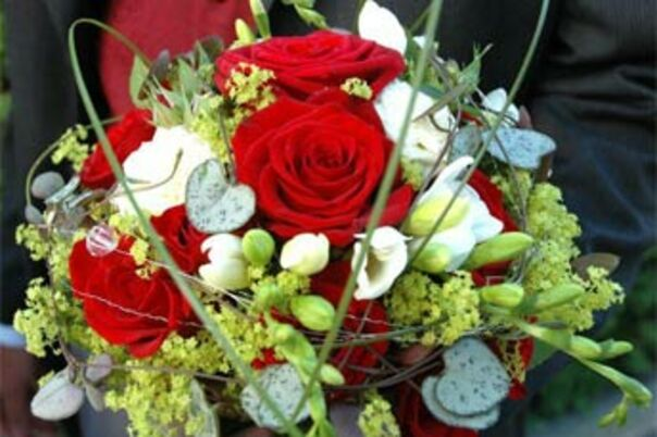 Expensive Flower Girl Baskets : Florists in chicago il the knot