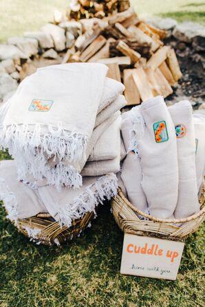 DIY Blanket Wedding Favors