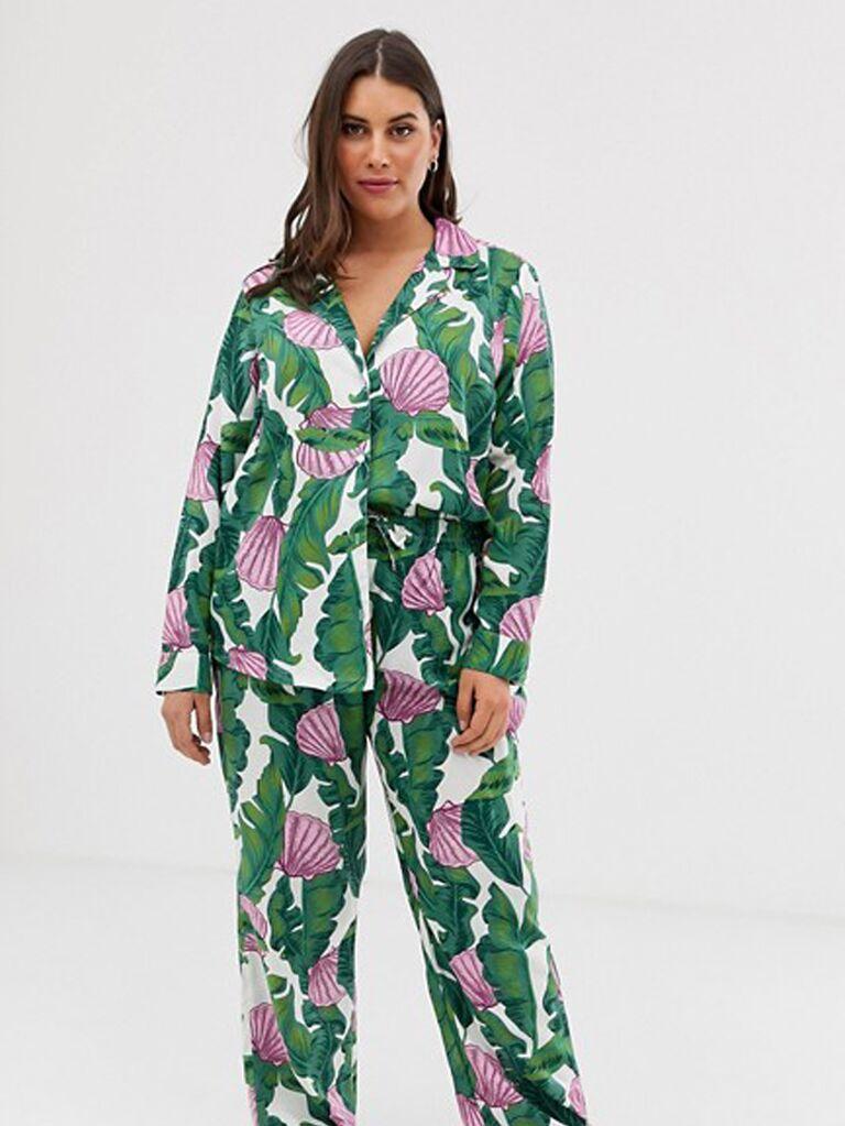 Tropical seashell plus-size bridesmaid pajamas