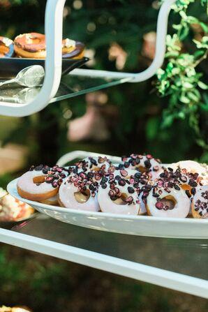 Pastel Cookies with Edible Flowers