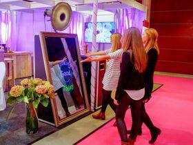 Magical Mirror - Abbeniel Photo Booth