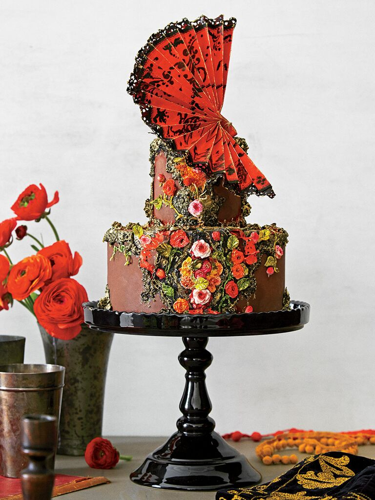 'Don Quixote'–inspired chocolate unique wedding cake