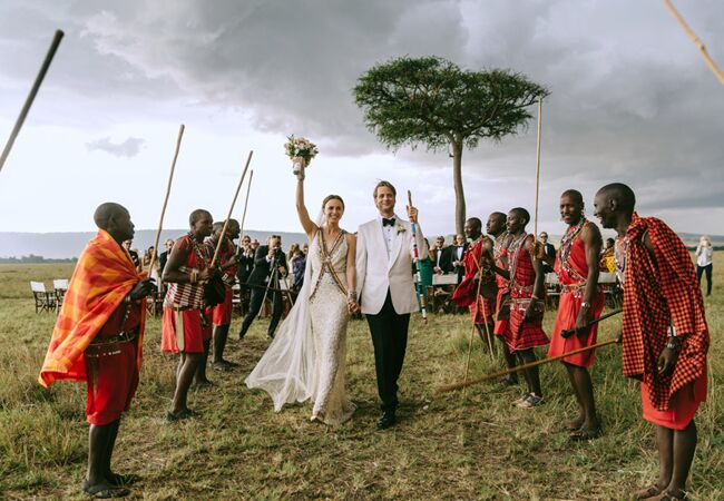 ceremony exit in masai mara kenya | Jonas Peterson | The Knot blog