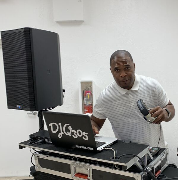 DJQ - Mobile DJ - Hollywood, FL