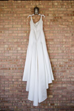Ivory V-Neck Wedding Dress