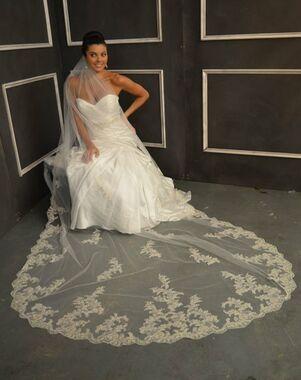 Elena Designs E1154 Long Ivory Veil