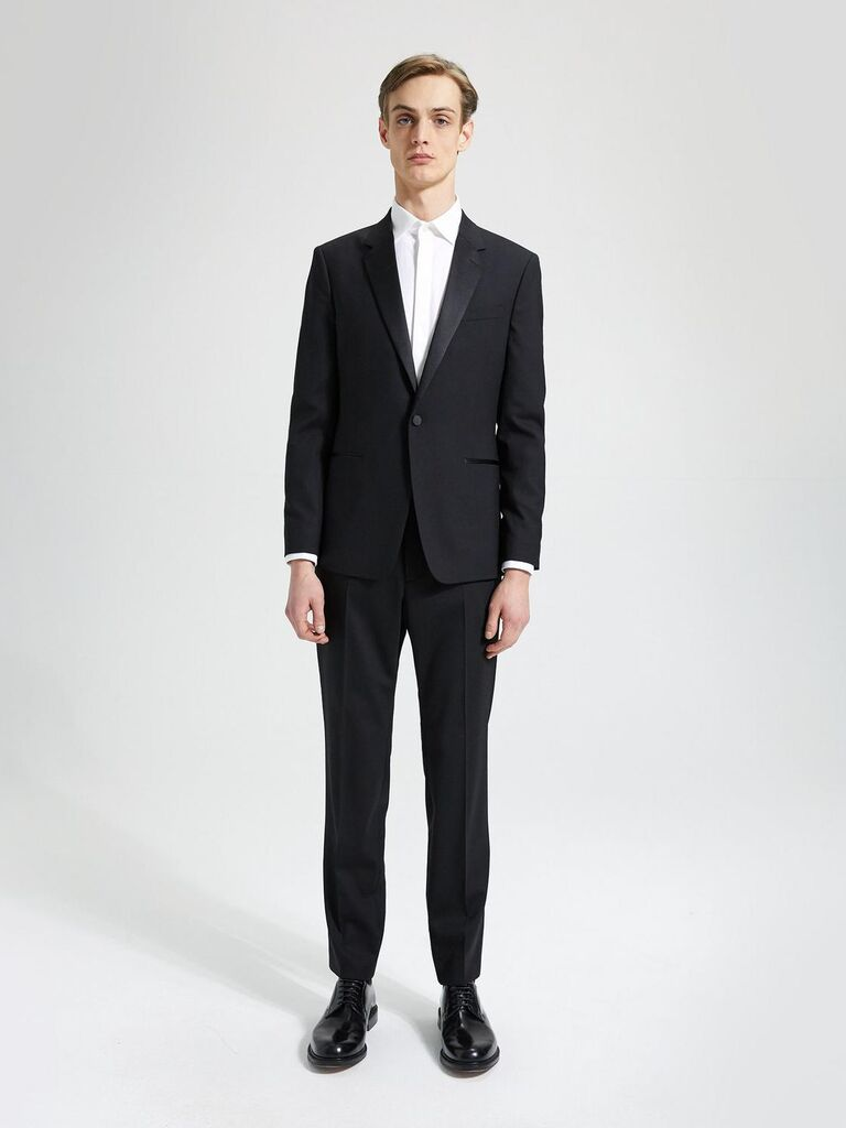 Black tuxedo for formal wedding