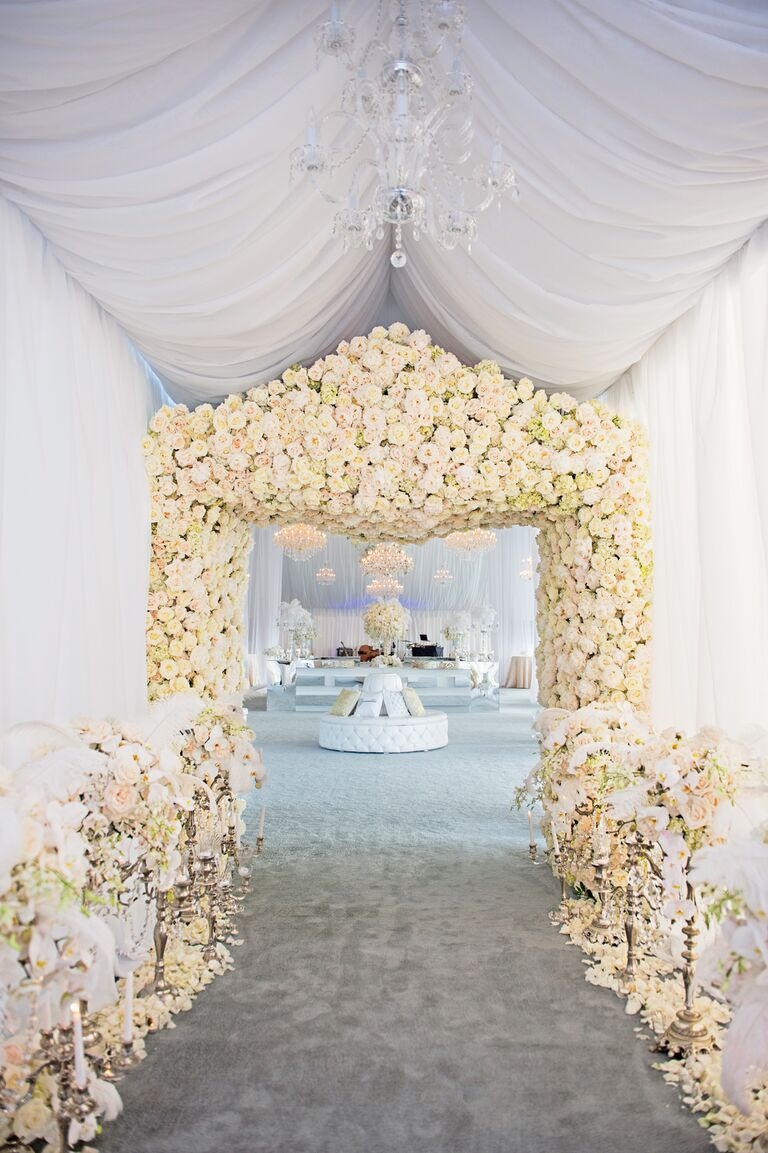 White rose reception entrance