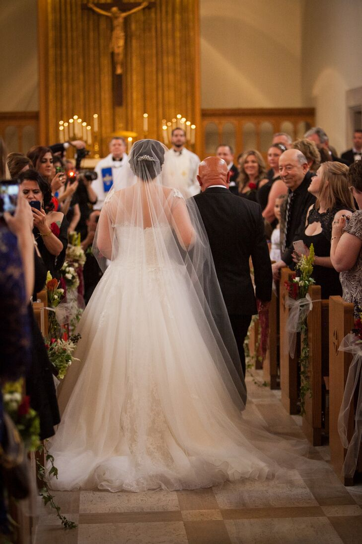 Roxanne wore a cathedral veil at her church ceremony, which took place at Academy of Sacred Heart Chapel in Bloomfield Hills, Michigan.