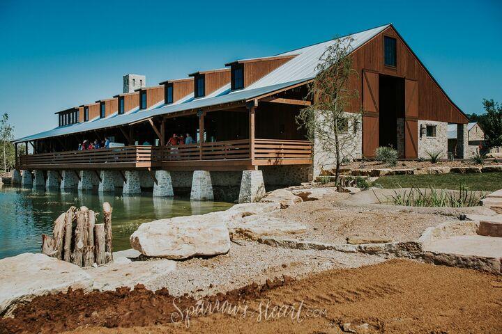 Hidden River Ranch Weddings & Events - Lampasas, TX