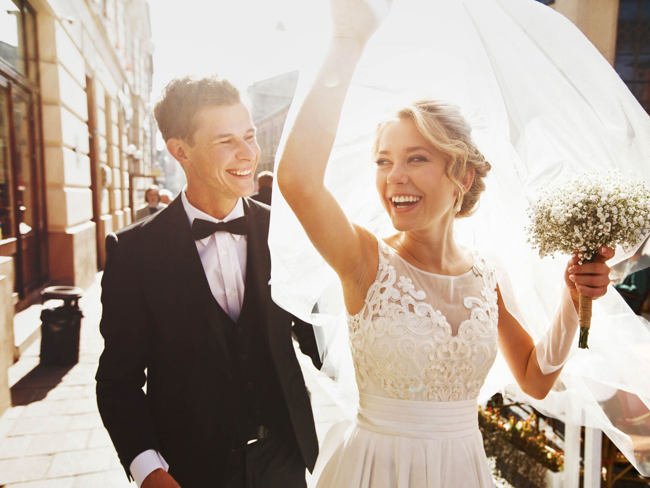 How To Prevent Sweating At Your Wedding