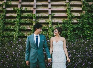 Megan Grable (33 and a strategist) and Ray Pilla's (36 and a scientist) stunningly creative wedding takes bohemian to a whole new level with amazing t