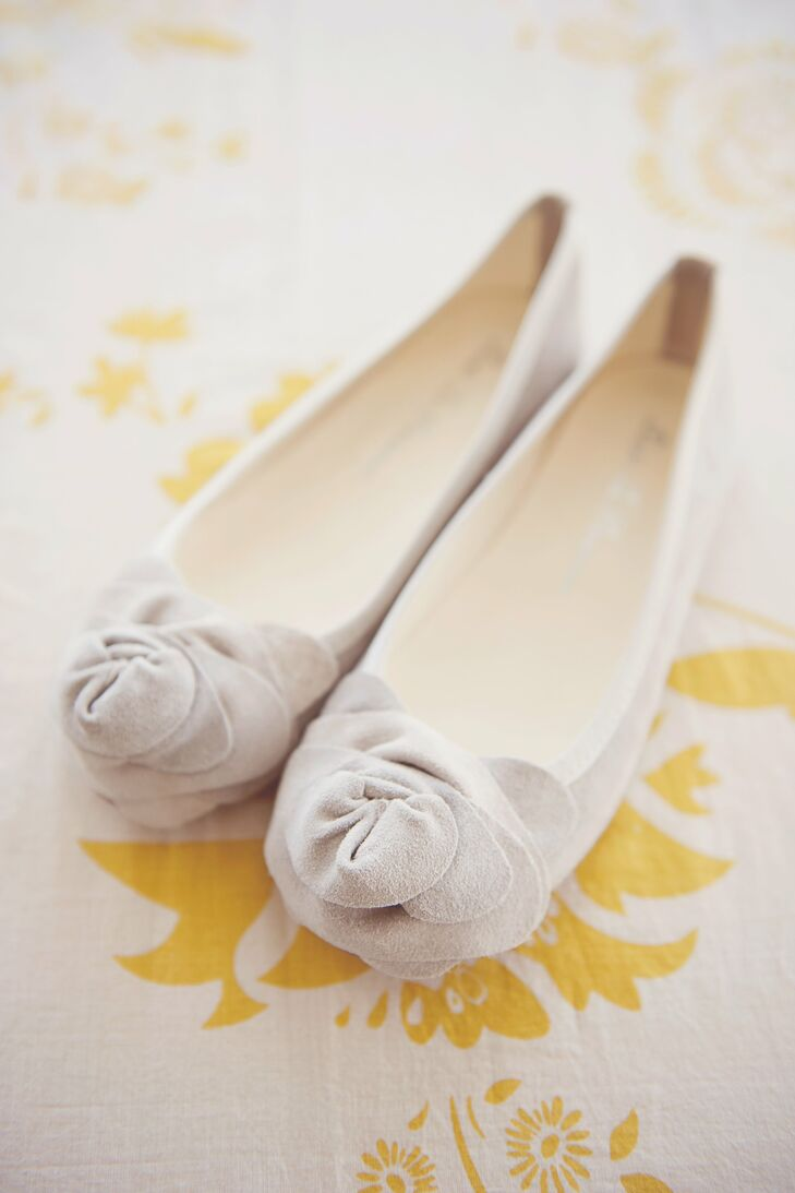 The bride chose floral Dodo Le Parisienne ballet flats, which were a cute and practical choice for the outdoor ceremony.