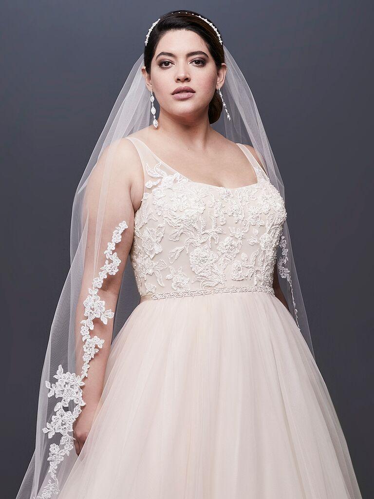 David\'s Bridal Fall 2018 Wedding Dresses: Bridal Fashion Week Photos